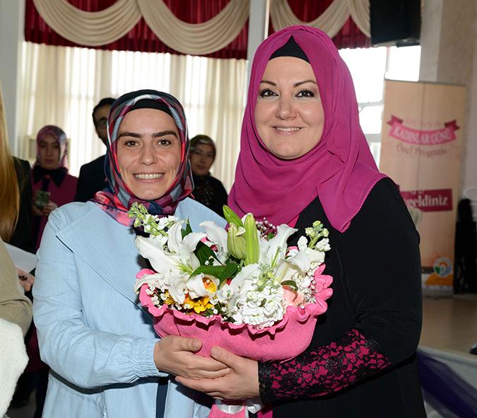 Tuzla Belediyesi, Kadınlara Özel Program Düzenledi