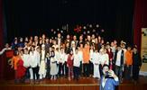 Tuzla Belediyesi Bilgi Evleri, Şifa Kültür Merkezi'nde Mevlid-i Nebi özel programı düzenledi. Bilgi Evleri kursiyerlerinin hazırladıkları etkinlik, veliler ve katılımcılar tarafından beğeniyle takip edildi.