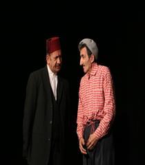 Yetişkin Tiyatrosu | Tek Köyün Muhtarları