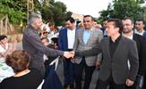 """Tuzla Belediyesi, Aydınlı Mahallesi'nde 5 bin kişilik sokak iftarı düzenledi. Tuzla Belediye Başkanı Dr. Şadi Yazıcı, """"Konaşlı mevkisinde yıllardır beklenilen planlar 3 ay içinde tamamlandığında Aydınlı, İstanbul'un yeni merkezlerinden birisi olacak"""" dedi."""