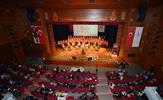 Tuzla Belediyesi Türk Sanat Müziği Topluluğu, TRT Sanatçısı Şef Seda Gökkadar yönetiminde İdris Güllüce Kültür Merkezinde müzik ziyafeti verdi.