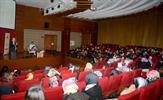 """Tuzla Belediyesi Bilgi Evleri, velilere yönelik """"Kendini Tanıma ve İnsanları Anlama Sanatı"""" konulu eğitim semineri düzenledi."""