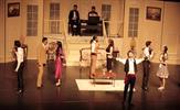 Tuzla Belediyesi Gençlik Merkezi, Denizli Büyükşehir Belediyesi 32. Uluslararası Amatör Tiyatro Festivali'nde 'Lüküs Hayat Müzikali'ni sahneledi.