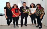 Tuzla Belediyesi 2. Genç Gönüllüler Ligi'nde birinci olan Sosyal Tayfa ekibi, Tuzla Belediye Başkanı Dr. Şadi Yazıcı tarafından 1 haftalık İspanya gezisiyle ödüllendirildi. Tuzlalı gençler, iyilik yaparak kazandıkları gezide Endülüs İslam ve batı medeniyetlerinin izlerini yerinde görüp genç yaşta mükemmel bir kültür deneyimi yaşadı.
