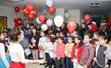 """Tuzla Belediye Başkanı Dr. Şadi Yazıcı'nın """"Eğitim Kenti Tuzla"""" vizyonuyla 8-14 yaş aralığındaki çocuklara ev ve okul dışında güvenilir 3. adres olarak sunduğu Tuzla Belediyesi Bilgi Evleri, her yıl olduğu gibi bu yıl da başarılı karneler getiren kursiyerlerini madalya ile ödüllendirdi."""