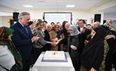 """Bu güne kadar Tuzla Belediyesi Yaşlılar Merkezi adıyla hizmet veren, ancak büyüklerimizden gelen taleple yeni ismini alan """"Mutluluk Merkezi"""",  kuruluşunun 5. Yılını özel bir etkinlikle kutladı."""