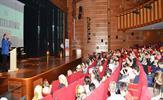 Tuzla Belediyesi Gençlik Merkezi, yıl sonu programında etkinliklerini sahneledi.