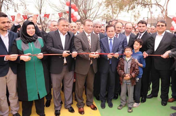 Fatih Sultan Mehmet Parkı'na Coşkulu Erken Açılış