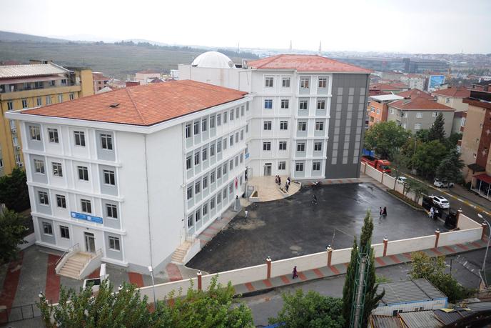 Abdullah Tayyip Olçok İmam Hatip Ortaokulu