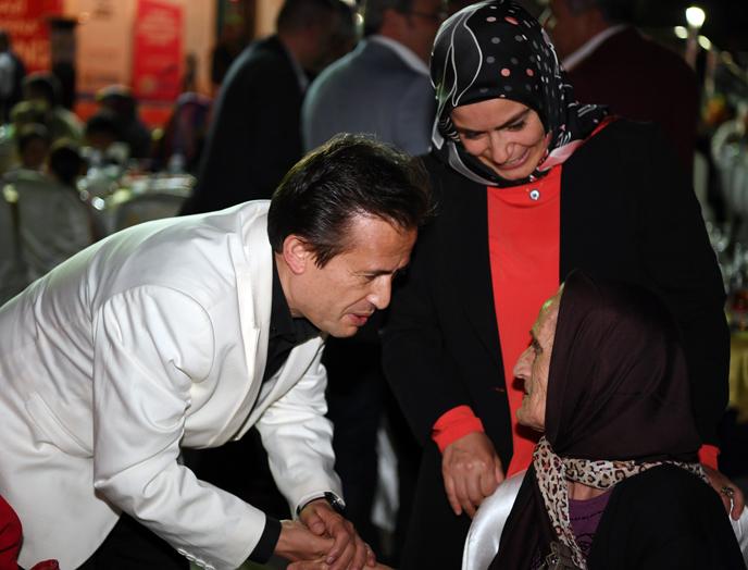 Geleneksel İftarda Şehit ve Gazi Aileleri İle Buluştular