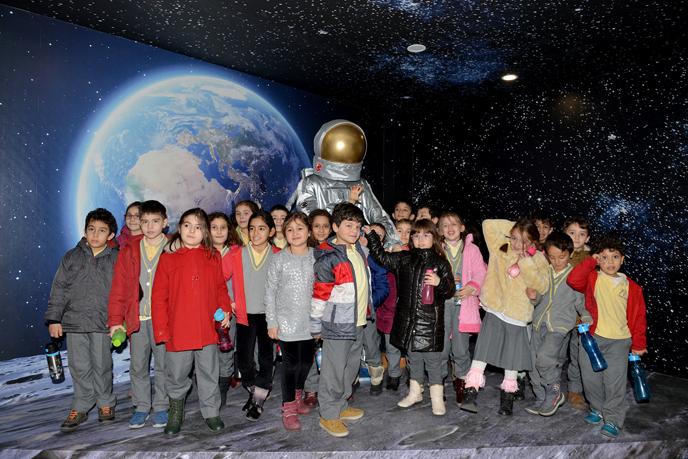 Tuzla Belediyesi Planetaryum ve Gözlemevi Hizmete Açıldı