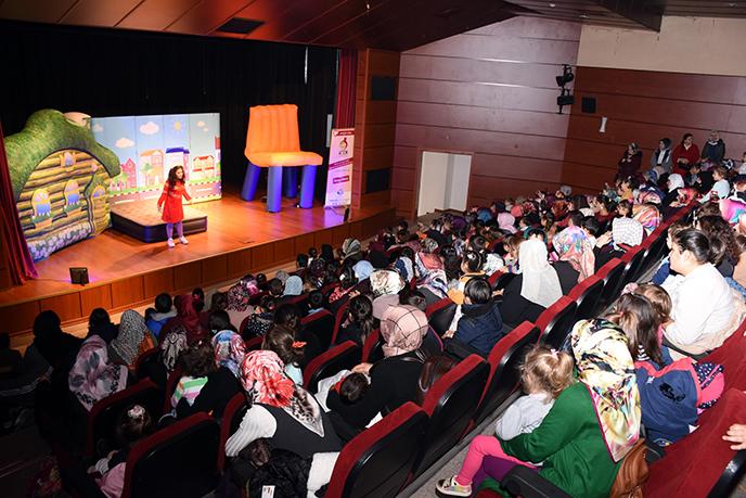 Tuzla Belediyesi Anne Çocuk Eğitim Merkezi, Ağız ve Diş Sağlığı Haftası Etkinliği Düzenledi