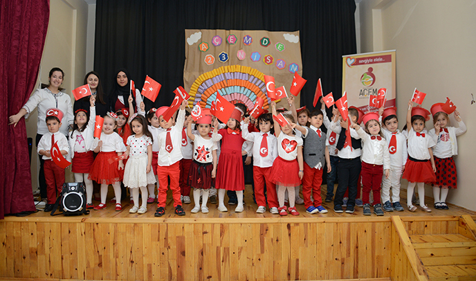 Tuzla Belediyesi Anne Çocuk Eğitim Merkezi, 23 Nisan Ulusal Egemenlik ve Çocuk Bayramı'nı Kutladı