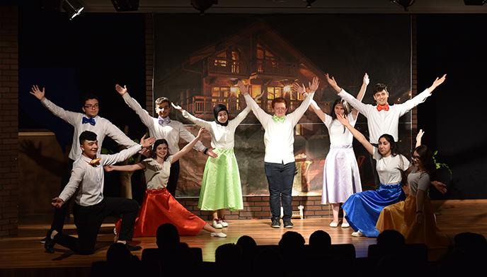 Tuzla'nın Genç Yetenekleri, Tuzla Belediyesi 5. Geleneksel Liseler Arası Tiyatro Festivali'nde Sahne Alıyor