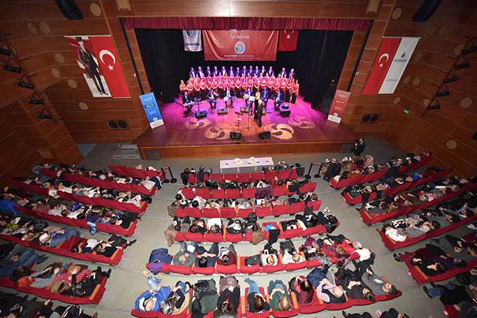 Tuzla Belediyesi Türk Sanat Müziği Topluluğu, Yeni Yılın İlk Konserinde Tuzla Halkıyla Buluştu
