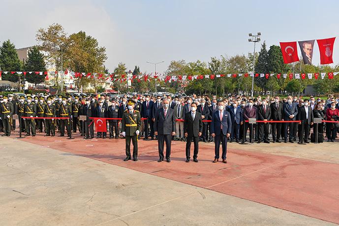 Tuzla'da 29 Ekim Cumhuriyet Bayramı Törenleri Düzenlendi