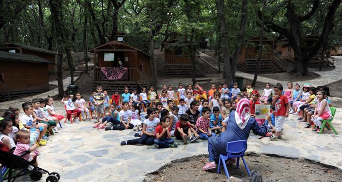 Tuzla Belediyesi Anne Çocuk Eğitim Merkezi, Yaz Okulu'nun Finalini Gençlik Kampı'nda Gerçekleştirdi