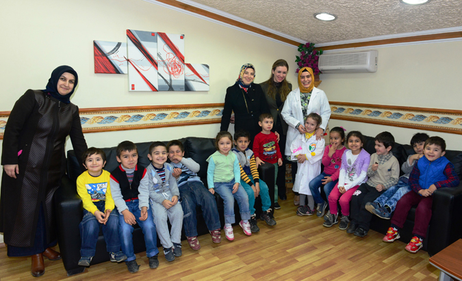 Tuzla Belediyesi Anne ve Çocuk Eğitim Merkezi'nden Tıp Bayramı Ziyaretleri